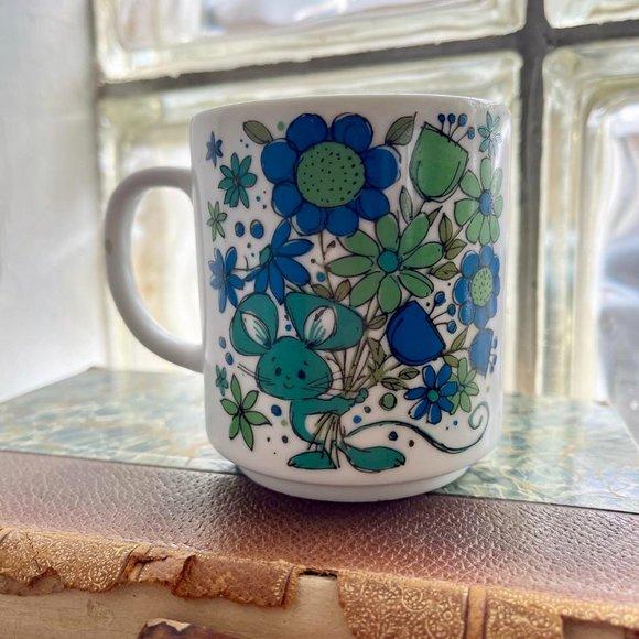 VINTAGE Flower & Mouse Mug